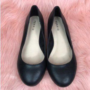 Torrid Black Almond Toe Ballet Flats Size 6.5